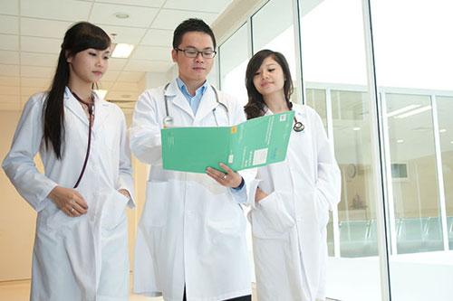 Bệnh viện Phạm ngọc Thạch tuyển dụng không cần hộ khẩu TPHCM